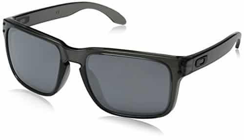 """משקפי שמש Oakley Holbrook – רק 253 ש""""ח – כולל משלוח מאמזון!"""