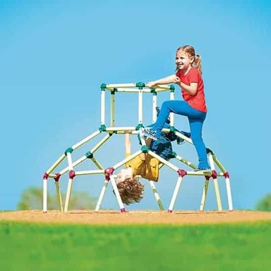 """הילדים גורמים לכם לטפס על הקירות? תביאו להם כיפת טיפוס! מבית Lil Monkey, רק ב419 ש""""ח כולל משלוח חינם!"""