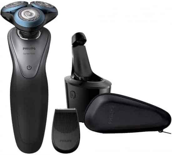 """מכונת גילוח נטענת לגילוח רטוב ויבש עם מכשיר ניקוי Philips 7000 S7970 הדגם הבכיר רק ב 685 ש""""ח"""