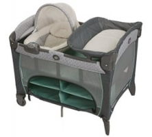 Graco Pack 'N Play Playard with Newborn Napperstation DLX רק 157$ עם משלוח ימי של USHOPS