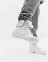 מגפי פלדיום צבע לבן לנשים ב199₪!